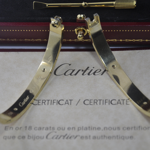 Replica cartier love bracciale placcato oro giallo 18k 4 diamanti